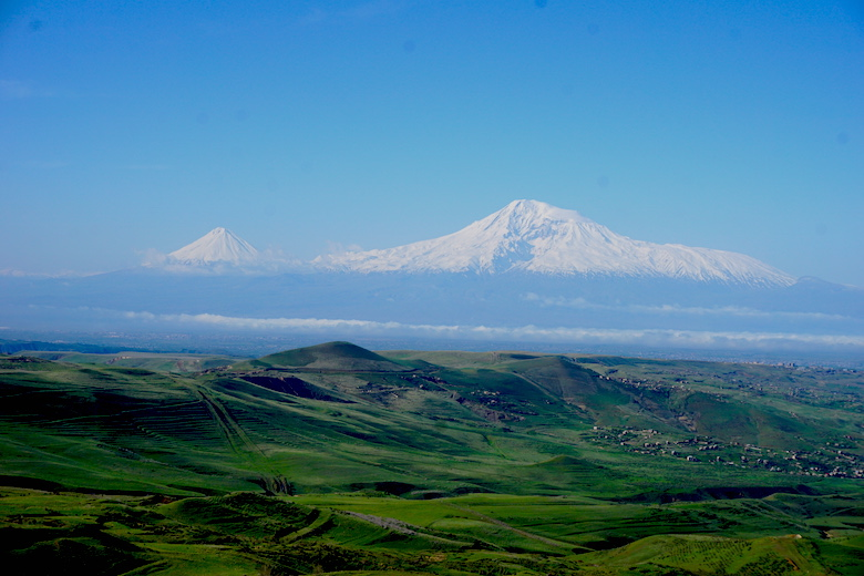 Blick auf den schneebedeckten Berg Ararat