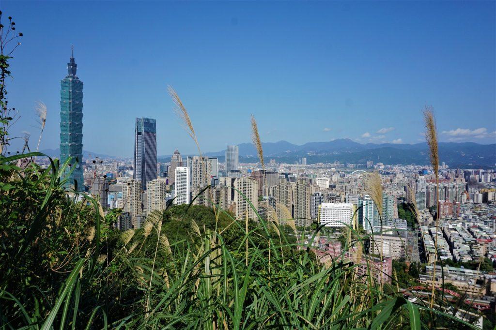 Tolle Aussicht auf das Wahrzeichen der Stadt, den Taipei 101
