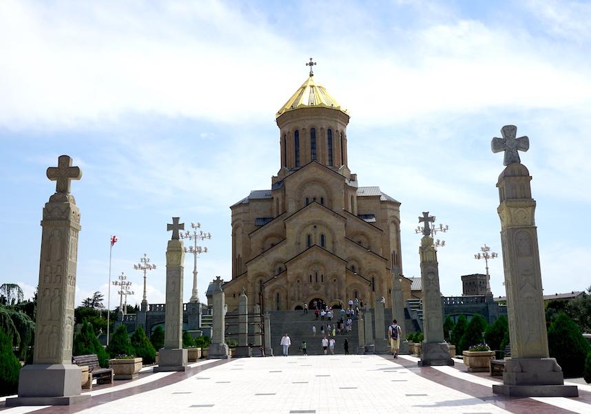 Eine der weltweit größten georgisch-orthodoxe Kirchen
