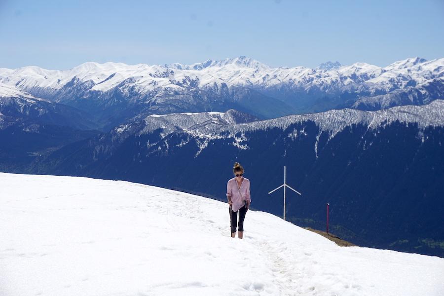 Wanderung in Swanetien im Schnee