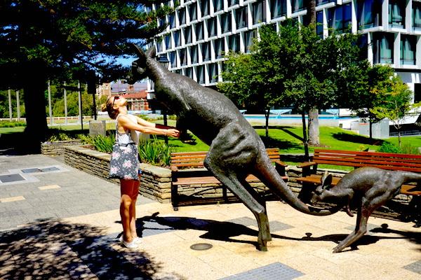 Ein Kuss für das Känguruh in Perth