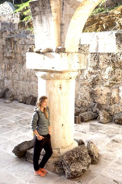 Säule in armenischem Kloster