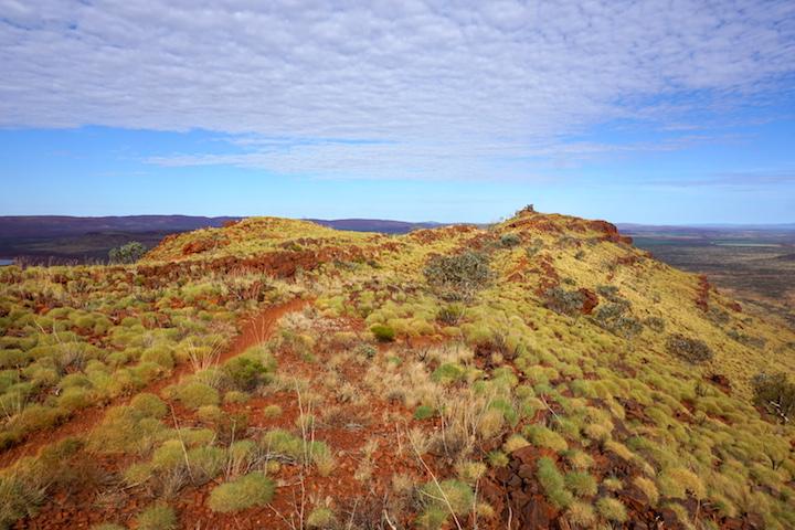 Blick vom Gipfel des Mount Bruce im Karijini Nationalpark