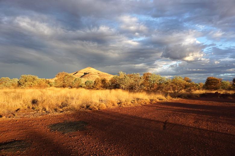 Goldene Abendstimmung im Outback