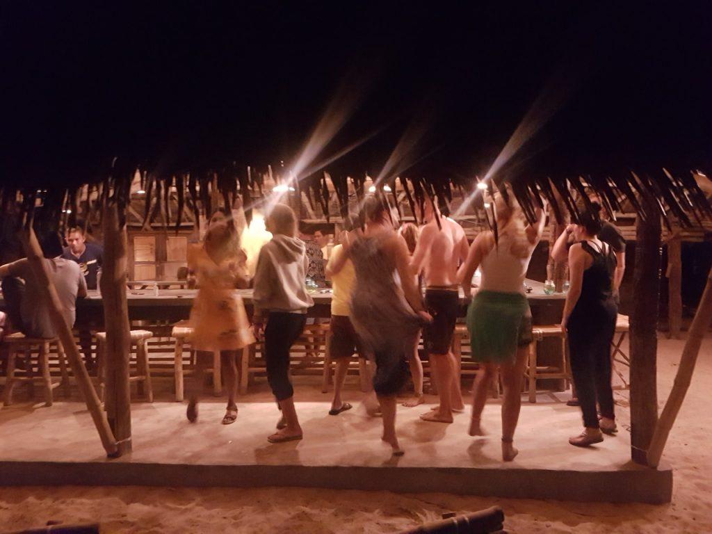 Tanzend bis das Licht ausgeht