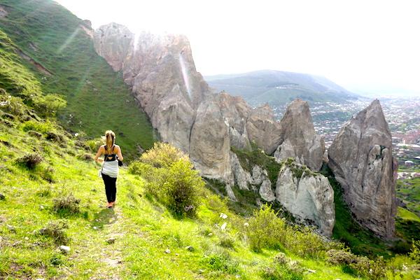 Wanderung durch die Höhlenwohnungen in Goris